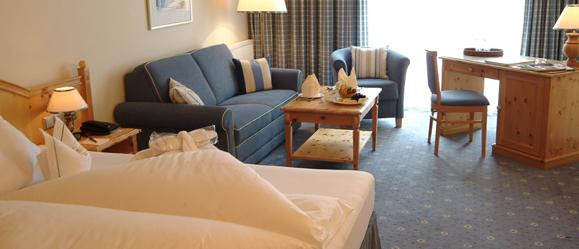 Hotel Kaiserhof, Kitzbühel, Austria - Junior suite bedroom.jpg